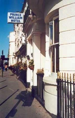 Prince William Hotel: Exterior