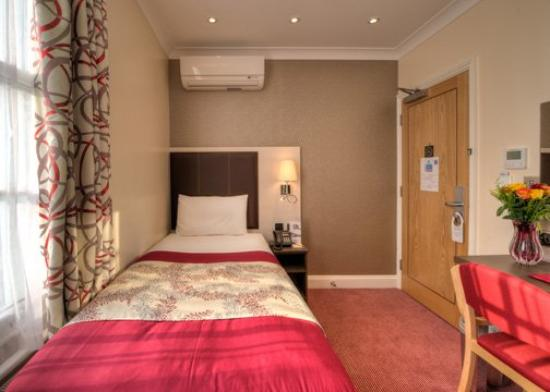 Comfort Inn Buckingham Palace Road: Single Bed
