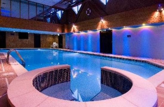 Macdonald elmers court hotel resort updated 2017 - Hotels in brockenhurst with swimming pools ...