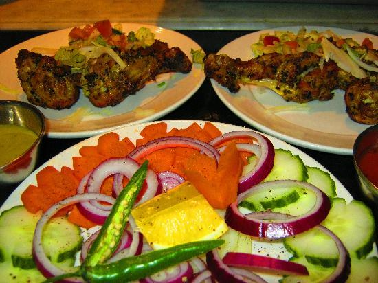 Mezbaan South Indian Restaurant : Kebabs! with fresh salad
