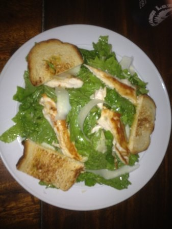 Maxwell's Cafe & Bar: Caesar salad with homemade croutons and huge slices of partisan