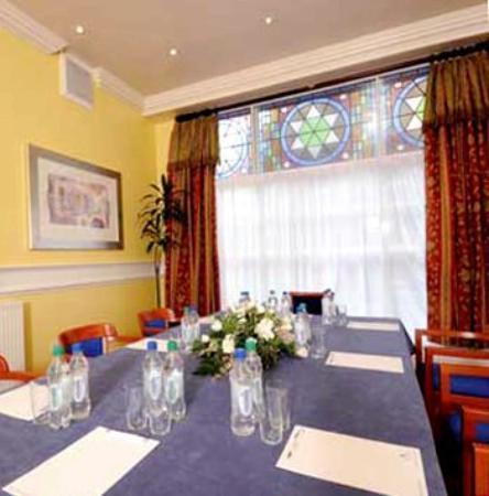 Royal Kings Arms: Meeting Room