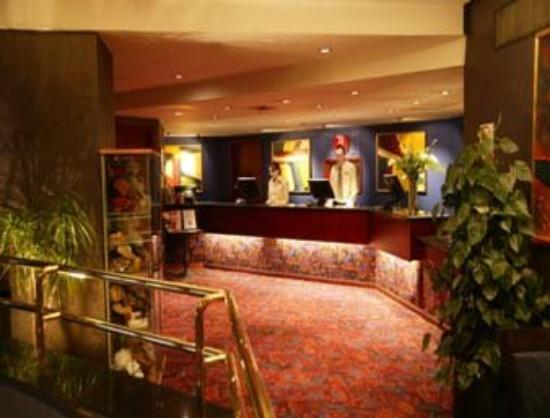 Mercure Edinburgh City - Princes Street Hotel: Reception