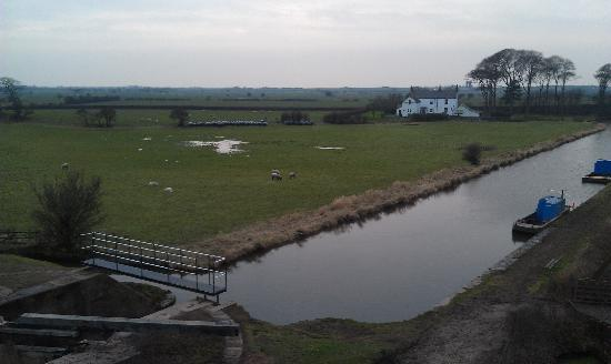 The Mill at Conder Green: View from room 16 of the canal