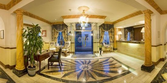 Old Government House Hotel: Lobby