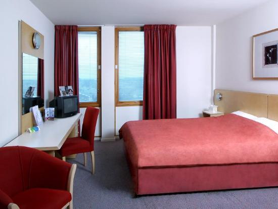 โรงแรมเซนต์ไกลส์ ฮีทโธรว์