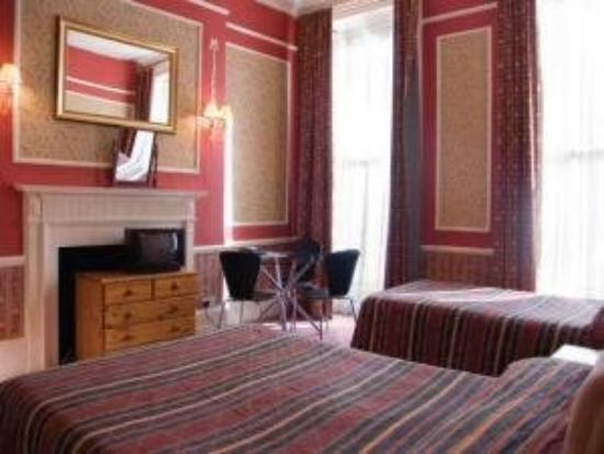 Hadleigh Hotel : Family Room