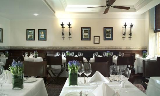 The Montague on The Gardens: Restaurant