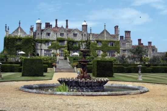 Eastwell Manor: Exterior View