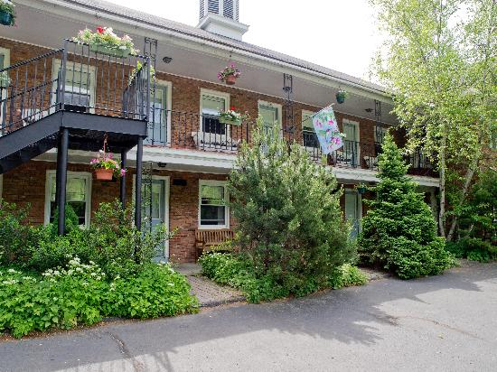 Berkshire Hills Country Inn : Convenient access to your room