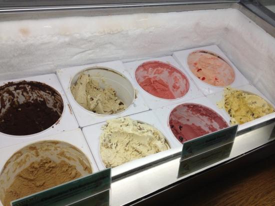 Royal Scoop Homemade Ice Cream: cream