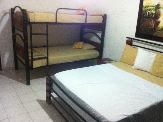 Casa Tatiz: Air Con room