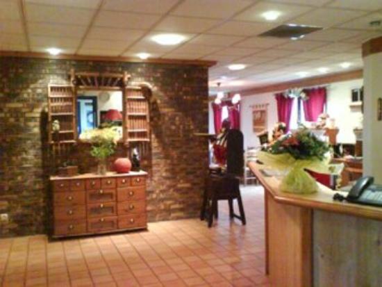 Brit Hotel Poitiers Beaulieu : Lobby View