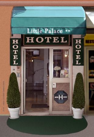 Hotel Little Palace: Exterior view