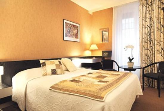 Alison Madeleine St. Honore Hotel : Standard room