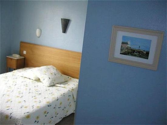 Cecil Hotel: Standard Room