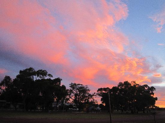 Swan River : Applecross Foreshore at sunset in Dec 2011