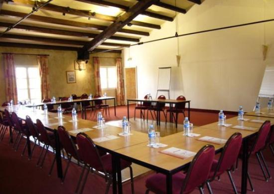 Le Clos de l'Aube Rouge : Meeting Room