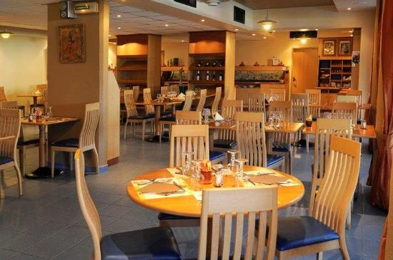 Kyriad Cannes Ouest - Mandelieu: Restaurant