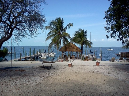 Key Lime Sailing Club and Cottages: The view from our front door.