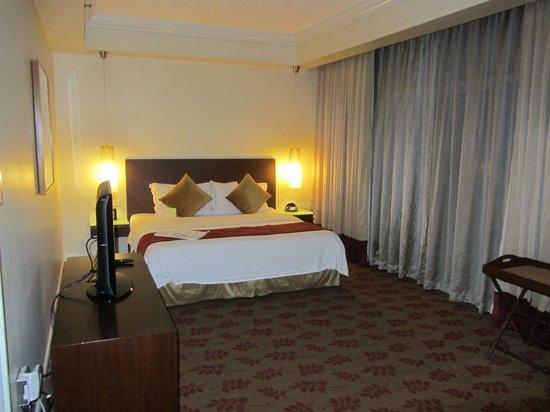 Ascott Makati: Master Bedroom