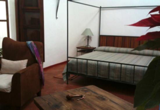 Casa Oaxaca: Our spacious king suite