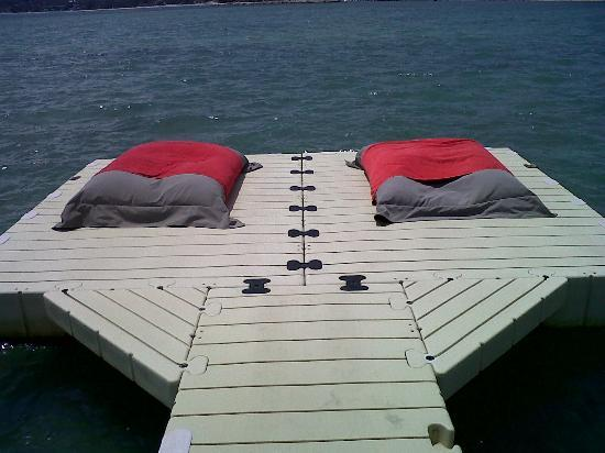 Big cushion under the sun..nice for sunbathe