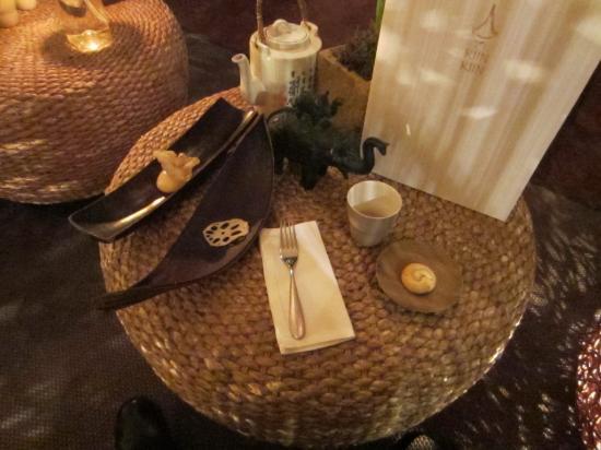 Kiin Kiin: Lotus root in the lounge