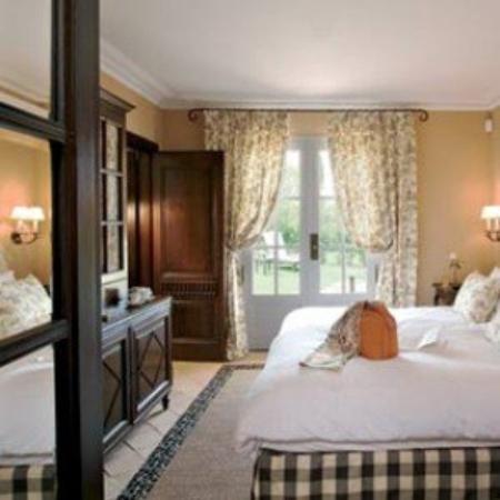 Le Mas de Pierre : The Hotel