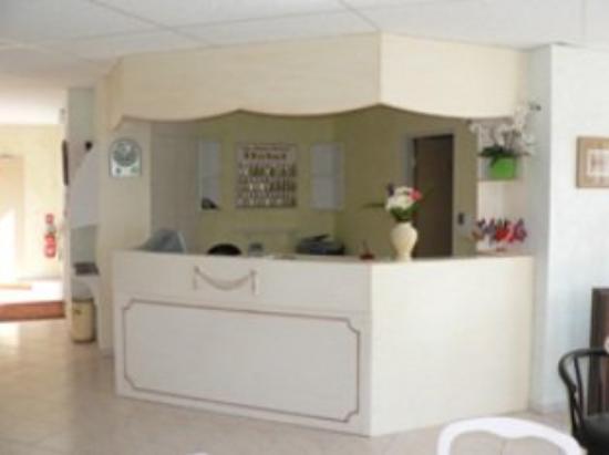 Hotel Au Sans Souci: Reception