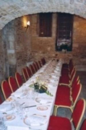 Hotel aux Lys de Chablis : Conference & Banquets