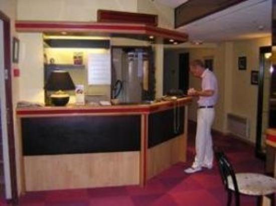 Hotel Crocus Caen Parc Expo : Reception