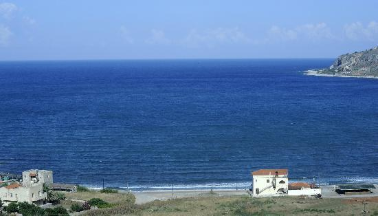 Xemoni Hotel & Spa: Neon Oitylo beach