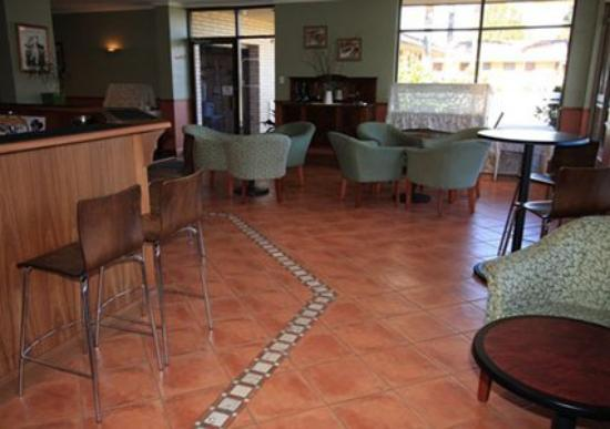 Comfort Inn Anzac Highway: Lobby -OpenTravel Alliance - Lobby View-