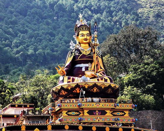 Rewalsar, India: A distant View of  Statue/Temple of  Guru Padmasambhava