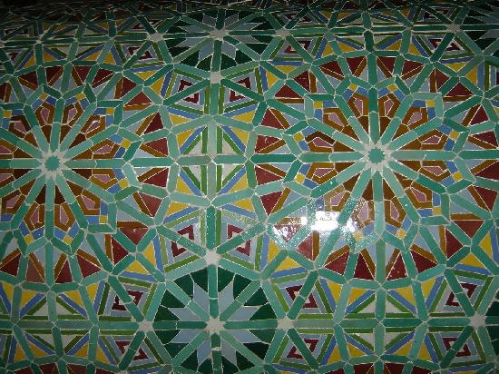Casablanca, Maroko: Tile details downstairs