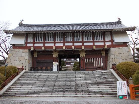 Fushimi Momoyama Castle: 伏見桃山城 追手門
