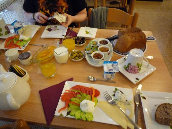 Safed Inn: Israeli Breakfast 50NIS