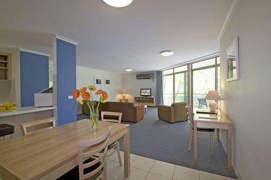 Kingston Terrace Serviced Apartments: Interior Lounge