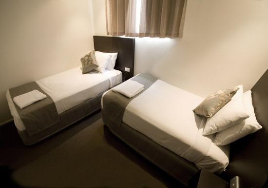 st ives apartments au 101 a u 1 2 5 2018 prices. Black Bedroom Furniture Sets. Home Design Ideas