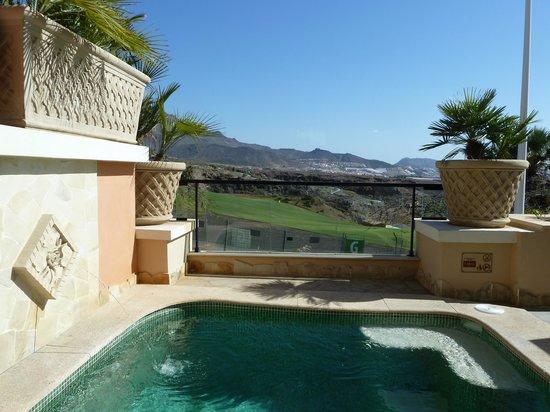 Royal Garden Villas: Villa Rosa pool