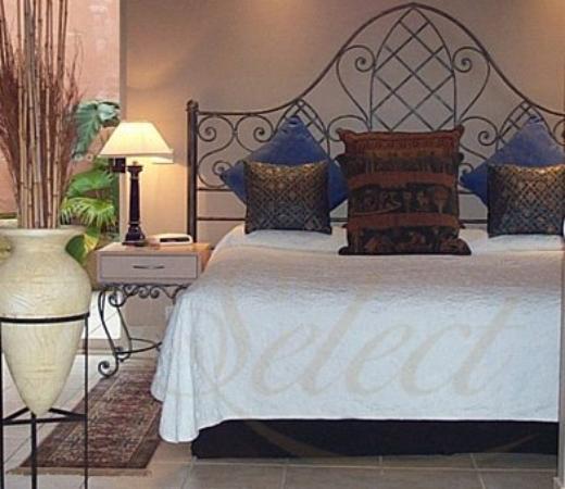 Marwood Villas: Guest room