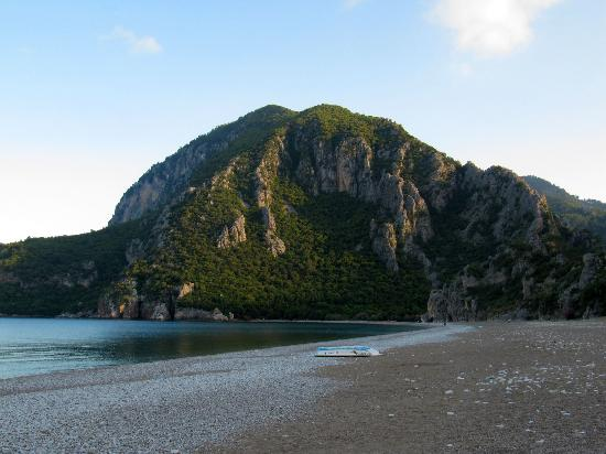 Kiyi Pansiyon: View from the beach