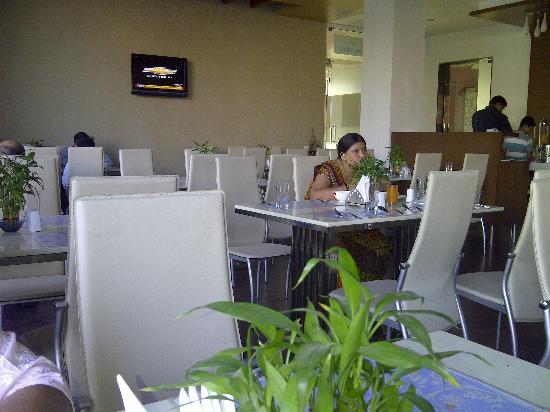 Lords Inn Somnath: Restaurant