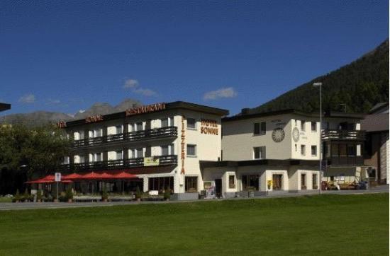 Hotel Sonne: Hotel Exterior