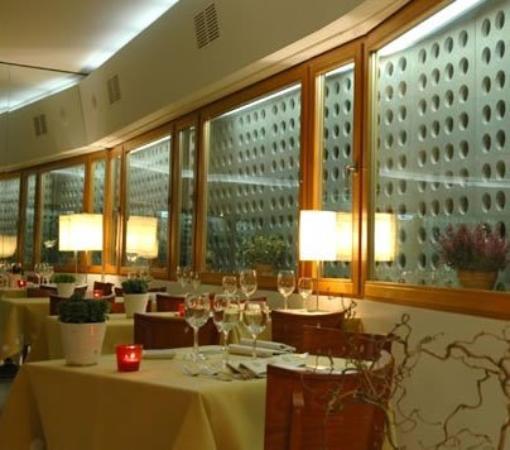 Hotel Real: Restaurant