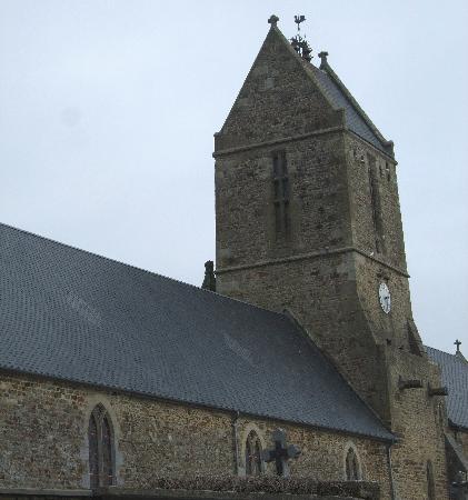 La Baratte : L'Eglise et ses 3 cloches