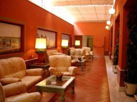 Alboran Chiclana: Lobby View