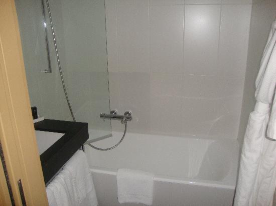 Eden Hotel & Spa: salle de bain