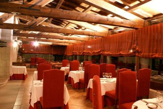Bohoyo, Spania: Restaurante